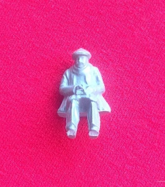Dinky Toys 010 - Reproduction - Road repair crew night watchman [ UNPAINTED RESIN ]